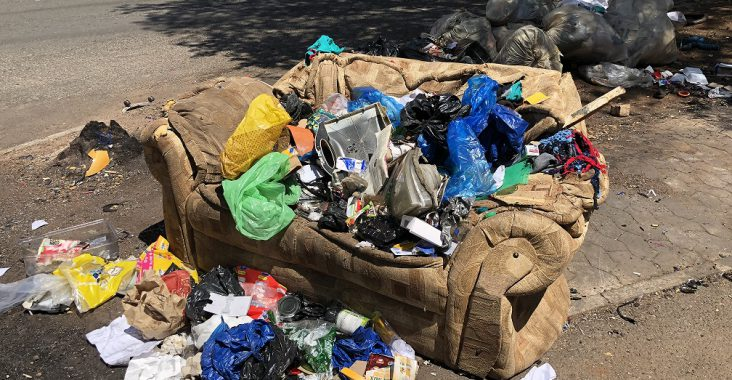 Joburg CBD litter